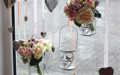 Dekoartikel aus der Frühjahrsaustellung 2013 - Windlichter mit Blumen