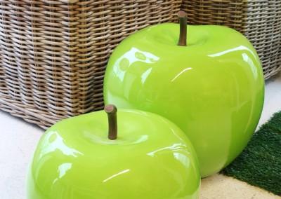 Dekoartikel aus der Green-Pink-Kollektion der Frühjahr-Sommer Ausstellung 2015 - Lack-Apfel
