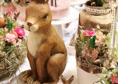 Dekoartikel aus der Ostern-Nostalgie-Kollektion der Frühjahr-Sommer Ausstellung 2015 - Osterhase