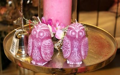 Dekoartikel aus der Weihnachtsaustellung 2013 - Pinke Kerzen in Eulenform