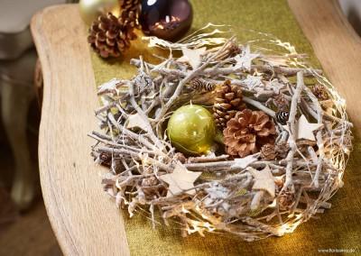 Dekoartikel aus der Weihnachtsaustellung 2014 - Kranz mit Sternen