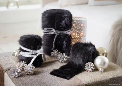 Dekoartikel aus der Weihnachtsaustellung 2014 - Schwarzer Stoff - Felloptik