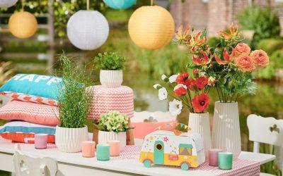 Kunterbunte Sommeraccessoires für Balkon & Garten