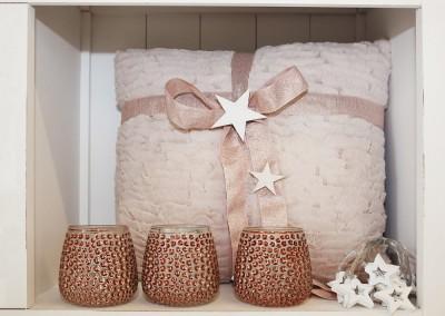 Dekoartikel aus der Kupfer-Kollektion der Weihnachts-Ausstellung 2015 - Teelichglas - Kissen