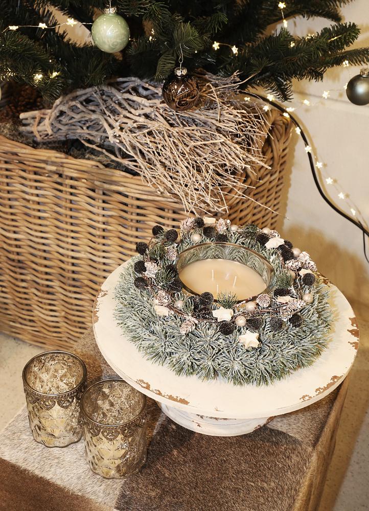 dekoartikel aus der mint kollektion der weihnachts ausstellung 2015 kranz kerze. Black Bedroom Furniture Sets. Home Design Ideas