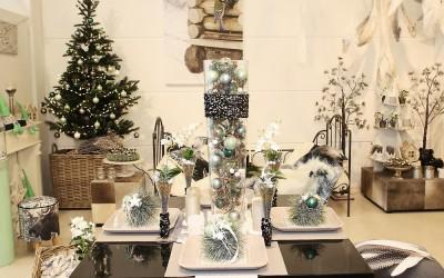 Dekoartikel aus der Mint-Kollektion der Weihnachts-Ausstellung 2015  - Christbaumkugel - Elch - Tischdeko - Tannenbaum