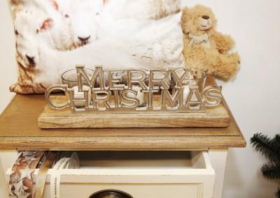 Dekoartikel aus der Natur-Kollektion der Weihnachts-Ausstellung 2015  - Holz - Silber - Merry Christmas - Frohe Weihnachten