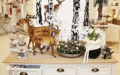 Dekoartikel aus der Natur-Kollektion der Weihnachts-Ausstellung 2015  - Hirsch - Schnee - Geweih - Kerzenhalter - Teelichtglas