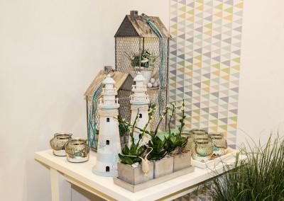 Dekoartikel der Frühlings-Ausstellung 2016 - Maritim - Kollektion - Teelichtglas - Leuchtturm - Holz