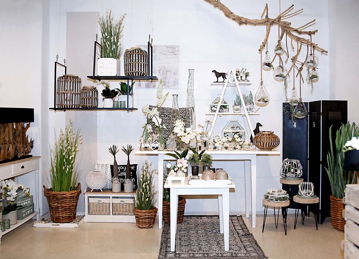 deko fruehling ostern 10 vase frosch gruen windlicht korb willenborg dekotrends lifestyle. Black Bedroom Furniture Sets. Home Design Ideas