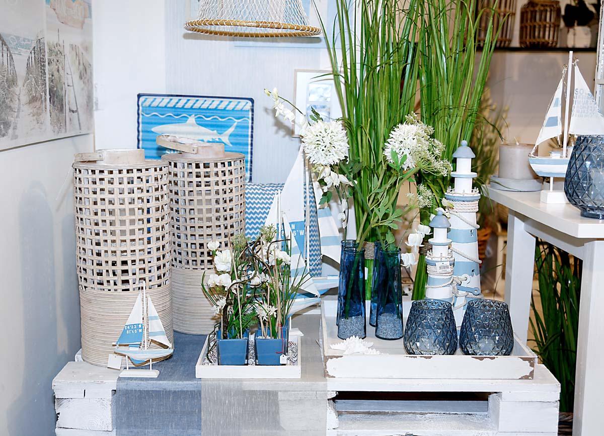 deko fruehling ostern 30 maritim tuerkis blau fisch teelichtglas windlicht holzdeko schiff. Black Bedroom Furniture Sets. Home Design Ideas