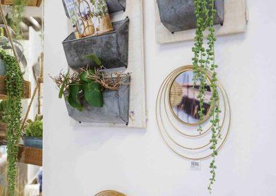 033-willenborg-deko-fruehling-ostern-boho-gold-spiegel-pflanzen