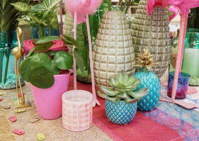 076-willenborg-deko-fruehling-ostern-tropical-sommer-tropisch-pink-rosa-pflanze-kunstblume-summer-flamingo-ananas-gold-bunt