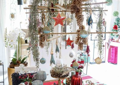 001-winter-weihnachten-deko-ausstellung-2019-willenborg-mannheim-tafelgedeck-tischgedeck-rot-gruen