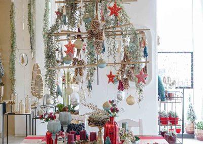 012-winter-weihnachten-deko-ausstellung-2019-willenborg-mannheim-tafelgedeck-tischgedeck-rot-gruen