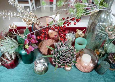 024-winter-weihnachten-deko-ausstellung-2019-willenborg-mannheim-kunstblumen-teelicht-vase-gold-apfel-sukkulente