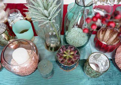 028-winter-weihnachten-deko-ausstellung-2019-willenborg-mannheim-kunstblumen-teelicht-vase-gold-rosa-sukkulente