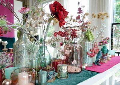 032-winter-weihnachten-deko-ausstellung-2019-willenborg-mannheim-kunstblumen-teelicht-vase-gold-apfel-sukkulente