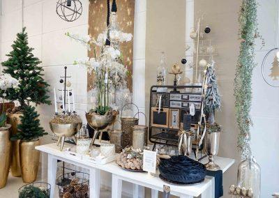 049-winter-weihnachten-deko-ausstellung-2019-willenborg-mannheim-gold-glamour-vase-laterne-industrial