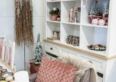 071-winter-weihnachten-deko-ausstellung-2019-willenborg-mannheim-rosa-romantik-cozy-kissen