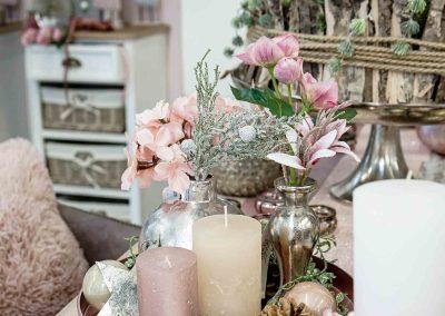 074-winter-weihnachten-deko-ausstellung-2019-willenborg-mannheim-rosa-romantik-cozy-kerzen-kunstblumen