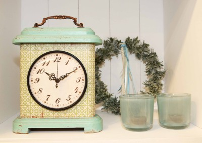 Dekoartikel aus der Home-Maritim-Kollektion der Frühjahr-Sommer Ausstellung 2015 - Retro-Uhr